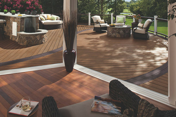 Professional Deck Contractor in Malvern
